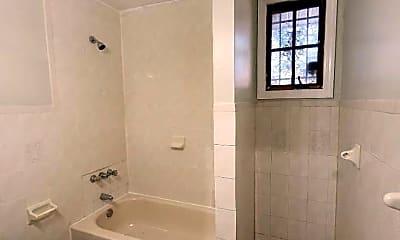 Bathroom, 156 Parker St, 2