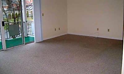 Living Room, Minuteman Village, 1