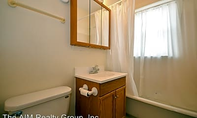 Bathroom, 547 Spring Road & Montrose Avenue, 1
