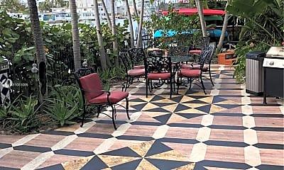Patio / Deck, 8200 Byron Ave 4, 1
