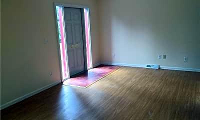 Living Room, 98 Manse St B, 1