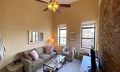 Living Room, 333 Adams St 5, 1