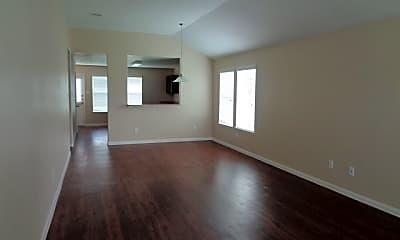 Living Room, 3919 Hawthorn Glen Court, 1
