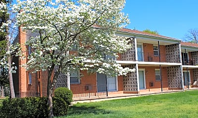 Woodland Springs Apartments, 2