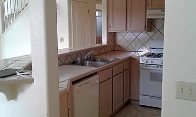 Kitchen, 3301 N Hedgewood Dr, 1