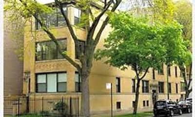 Building, 5401 N Winthrop Ave, 2