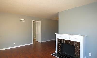 Living Room, 555 S Glendale, 0