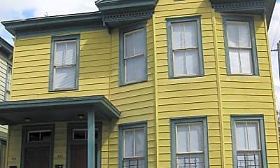 Building, 426 E 32nd St, 0