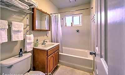 Bathroom, 1212 12th St, 2