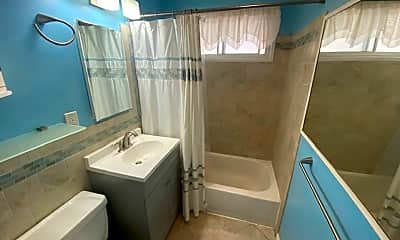 Bathroom, 11919 Hopland St, 2