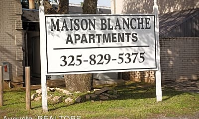 Community Signage, 2800 Sayles Blvd, 1
