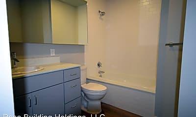 Bathroom, 307 Main St, 2