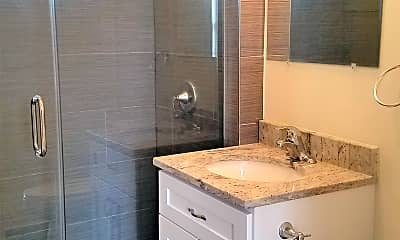 Bathroom, Fletcher and Damen, 2