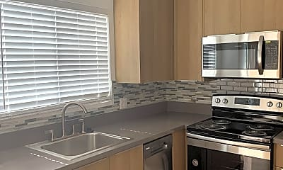 Kitchen, 648 N Hayworth Ave, 1