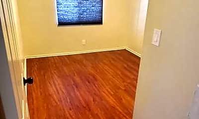 Bedroom, 934 W 84th St, 2