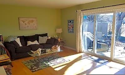 Bedroom, 715 Bordeaux Ct, 2