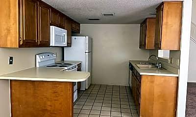 Kitchen, 4800 Oakwood Dr, 1