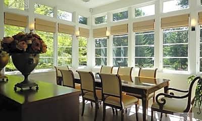 Dining Room, 10 Gray Cliff Rd, 2