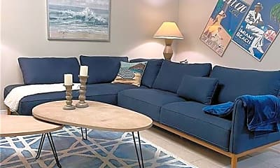 Living Room, 1641 NE 55th St, 1