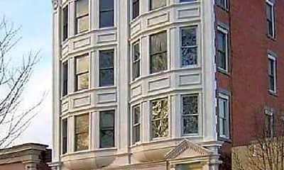 Building, 111 East Ridgewood Apartments, 0