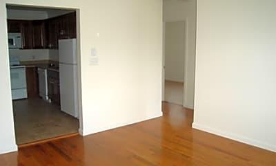Willowbrook Apartments, 2
