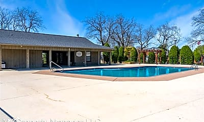 Pool, 3636 Green Acres Dr, 2