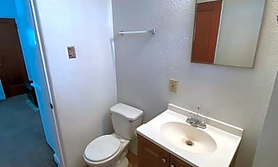 Bathroom, 715 Copper Ave NW, 2