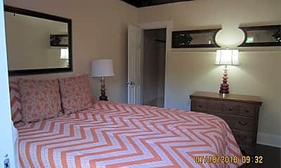 Bedroom, 1527 E North Ave, 2