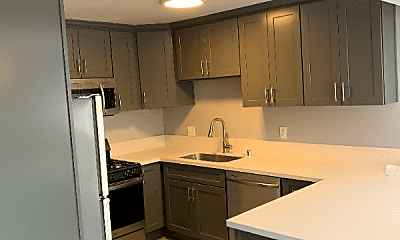 Kitchen, 5948 Streamview Dr, 1