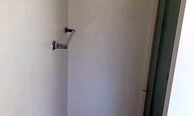 Bathroom, 282 Orange Ave, 2