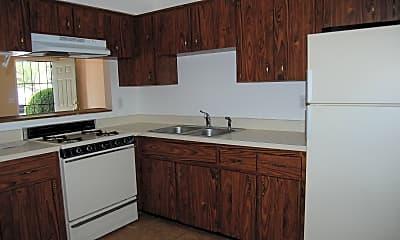 Kitchen, 628 1st St, 2