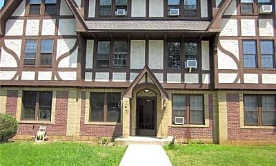 Building, 28 W Neck Rd 3D, 0