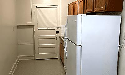 Kitchen, 3357 N Monticello Ave, 1