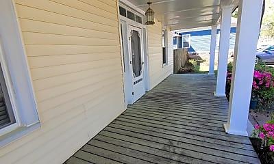 Patio / Deck, 3805 Lamar St, 1