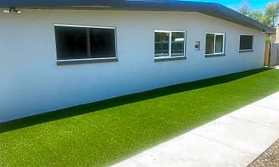 Building, 914 S Kenwood Cir 4, 0