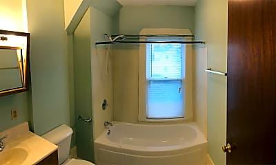 Bathroom, 618 10th Ave N, 2