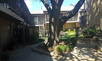Fox Hills Apartments, 2