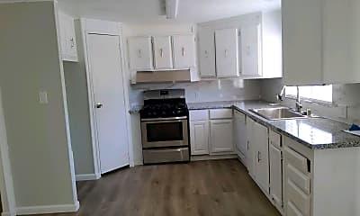 Kitchen, 5450 Feather River Blvd, 1
