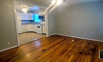 Living Room, 855 Mark Twain Dr, 1