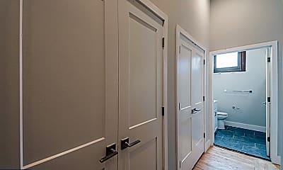 Bathroom, 1300 S 19th St 301, 1