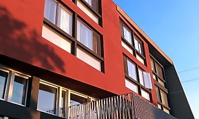Palo Alto Mixed Use Family Housing, 1