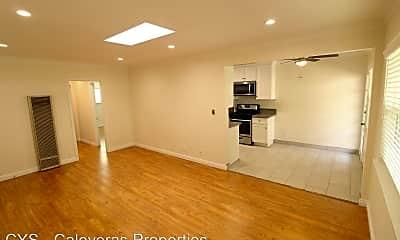 Living Room, 3131 Bagley Ave, 0