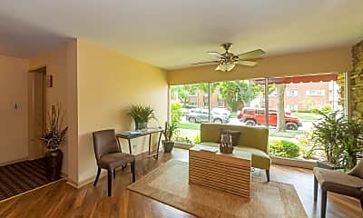 Living Room, 426 S Lombard Ave 203, 2
