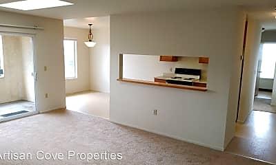 Living Room, 5140 Sacramento Avenue, 1
