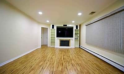 Living Room, 164 Kaywin Rd, 1