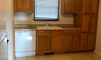 Kitchen, 2606 S Indiana Ave, 2