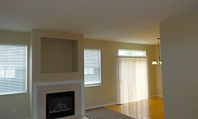 Living Room, 3525 Thorngate Drive Unit C, 1