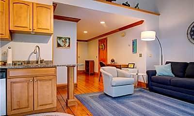 Living Room, 20 Berkeley Ave 6, 1