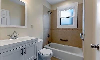 Bathroom, 9 4th St LEFT, 2