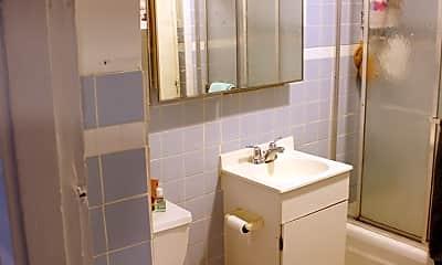 Bathroom, 118 Elm St, 2
